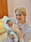 Rozálie Kalvasová se narodila 10. ledna ve 4:47 mamince Veronice a tatínkovi Viktorovi zPlzně. Po příchodu na svět vplzeňské FN vážila sestřička pětiletého Mikuláše 3450 gramů a měřila 48 centimetrů.