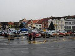 Parkoviště na Masarykově náměstí v Přešticích