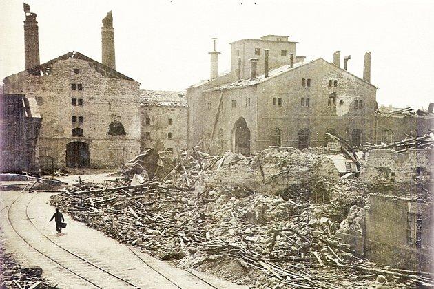 Gambrinus po bombardování