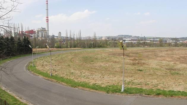Cyklistický ovál, který zčásti patří podnikateli Pavlu Stelzerovi a zčásti SKP Rapid Plzeň
