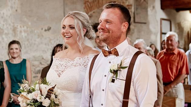Jubilejní svatba v kostele sv. Petra a Pavla v Dolanech u Hlinců.