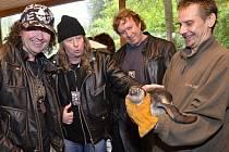 Kapela Citron křtila tučňáka