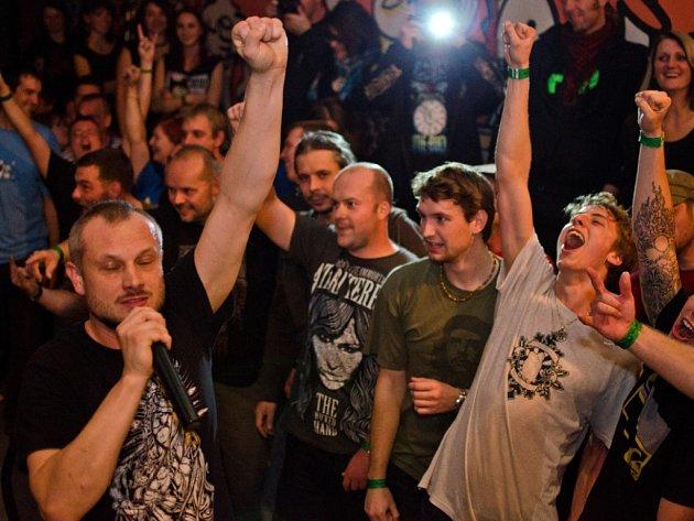 Kapela Atari Terror vystoupila v Plzni