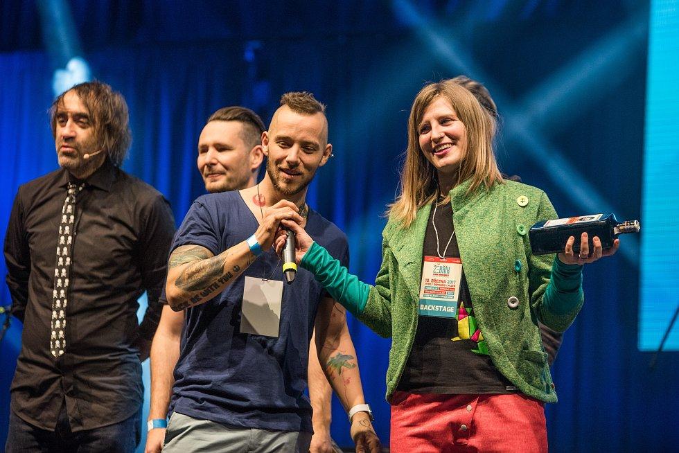 Cenu za nejlepší album získala skupina Skyline za desku Jungle.
