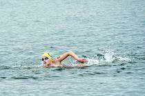 Pavlína Soukupová při dálkovém plavání.
