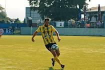 Přeštický fotbalista Tadeáš Přibáň na snímku v podzimním domácím zápase proti Soběslavi.
