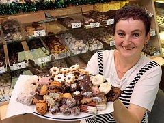 Výroba vánočního cukroví v Cukrárně U Krtečka