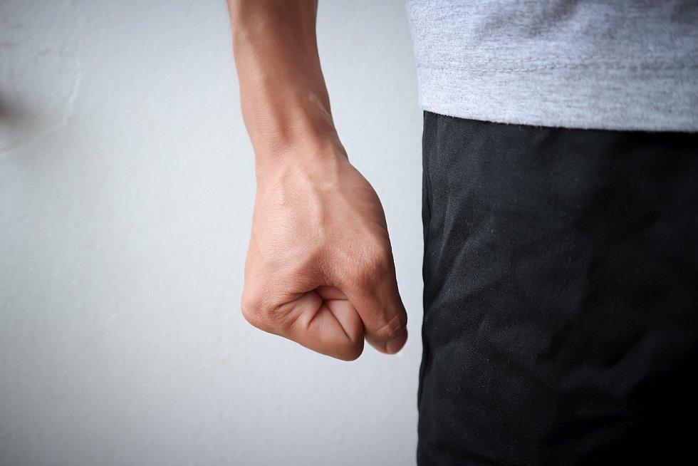 Vzteku a agresivity ve společnosti přibývá