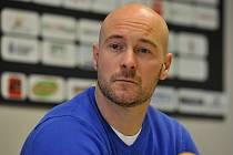 Tomáš Vlasák si práci asistenta trenéra naloží k starostem sportovního manažera.