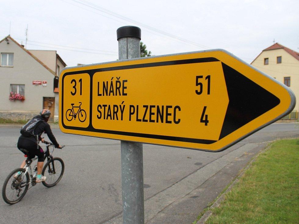 Z plzeňského Koterova do Starého Plzence nyní cyklisté jezdí nejčastěji po cyklotrase č. 31 pokračující až do Nepomuku. Jenže vede po silnici, která bývá rušná, což každému nevyhovuje