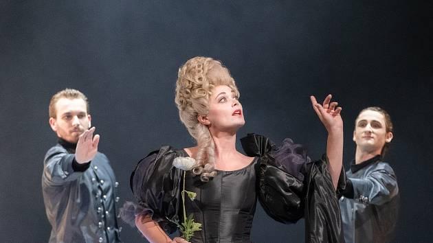 Vojtěch Jansa, Jana Piorecká, Thierry Jaquemet na snímku z generální zkoušky opery Korunovace Poppey v Divadle J. K. Tyla v Plzni.