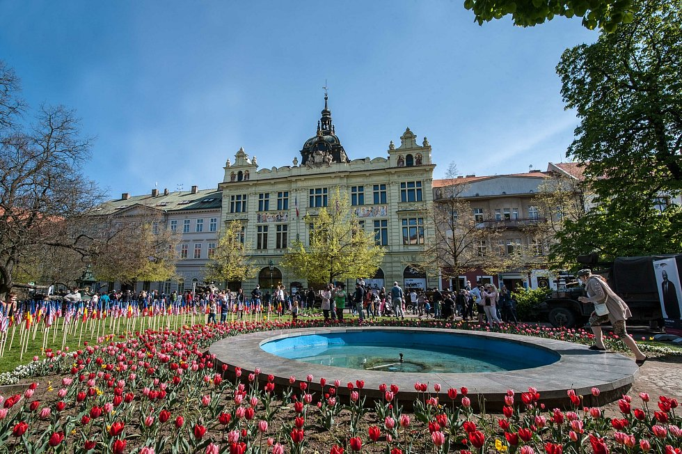 Slavnosti svobody v sadovém okruhu a na náměstí Republiky v Plzni.