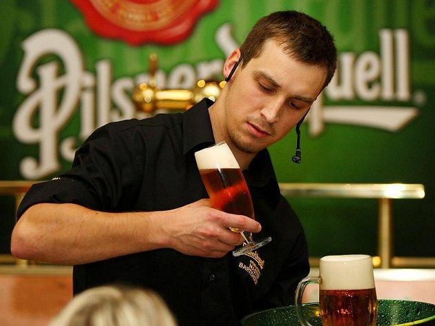 Národní finále soutěže o nejlepšího výčepního v plzeňském pivovaru