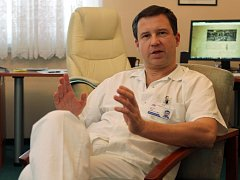 Přednosta urologické kliniky Fakultní nemocnice v Plzni Milan Hora