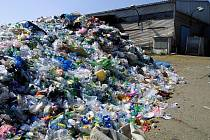 Průměrný obyvatel Plzeňského kraje vytřídil loni 8,5 kilogramu plastů, hlavně PET lahví