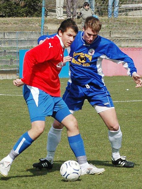 Fotbalisté Viktorie Plzeň podlehli v sobotu v Sezimovo Ústí 0:2. Střelecky naprázdno vyšel na jihu Čech útočník Antonín Presl (vlevo).