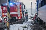 Tři lidské životy si vyžádala vážná dopravní nehoda, k níž došlo v pátek kolem půl šesté ráno na železničním přejezdu ve Vejprnicích (20. 1. 2017).
