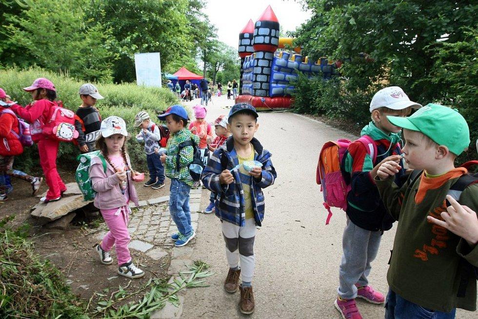 V plzeňské zoologické zahradě byl připraven speciální program pro děti.
