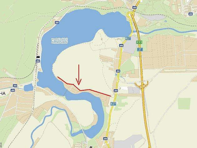 Bezejmenná ulice u Litické přehrady by mohla dostat jméno K Lávce