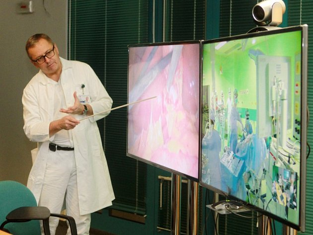 Laparoskopická operace žlučníku s využitím 3D laparoskopu v plzeňské fakultní nemocnici