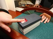 Snímač otisků prstu. Ilustrační foto.