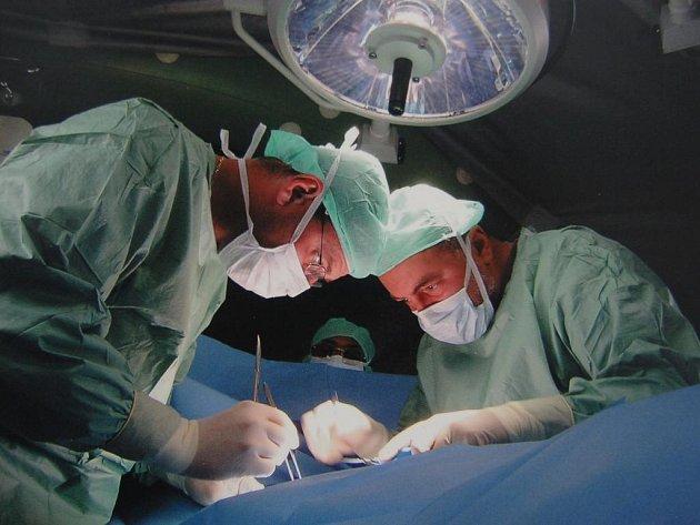 Fotografie Marcela Hájka při operaci v Afghánistánu