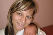 Dominika Stehlíková z Plzně (2,60 kg/47 cm), která se narodila 24. října v 10.17 hod. je nejenom první dcerou rodičů Hany a Milana, ale také prvním vnoučetem prarodičů Jany a Josefa. Pro babičku Libuši a dědečka Bohumila je Dominika již třetí vnučkou.