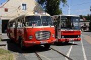 Autobus Škoda 706 RTO a Karosa řada 700.