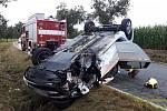 Nehoda osobního auta mezi Starým Plzencem a Šťáhlavy.