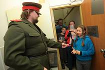 Potkat esenbáka nebo veksláka mohly v sobotu děti v plzeňském Divadle Alfa.