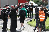 Evakuace v Plzni-Doubravce. Muž měl v bytě cvičnou protitankovou munici