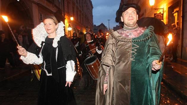 Součástí Historického víkendu byl noční průvod strašidel