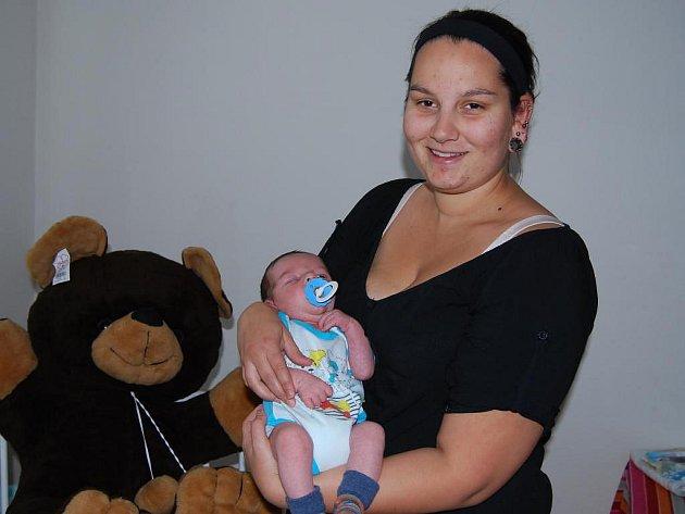 Malý Péťa s maminkou Alžbětou
