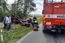 Nehoda osobního auta v Malesicích.