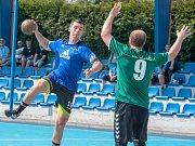 Zařídí útočník Marek Nachtman (s míčem) nýřanskému Diossu důležité body proti Opatovicím a Podlázkám?