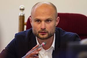 Radní pro sport a podnikání Michal Dvořák rezignoval