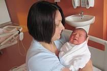 Barbora (4,10 kg, 52 cm) se narodila 18. dubna ve 12:18 v porodnici v Klatovech. Velikou radost z jejího příchodu na svět mají maminka Jana Vymětalová, tatínek Ondřej Pilík a bráška Ondřej (3,5) z Plzně