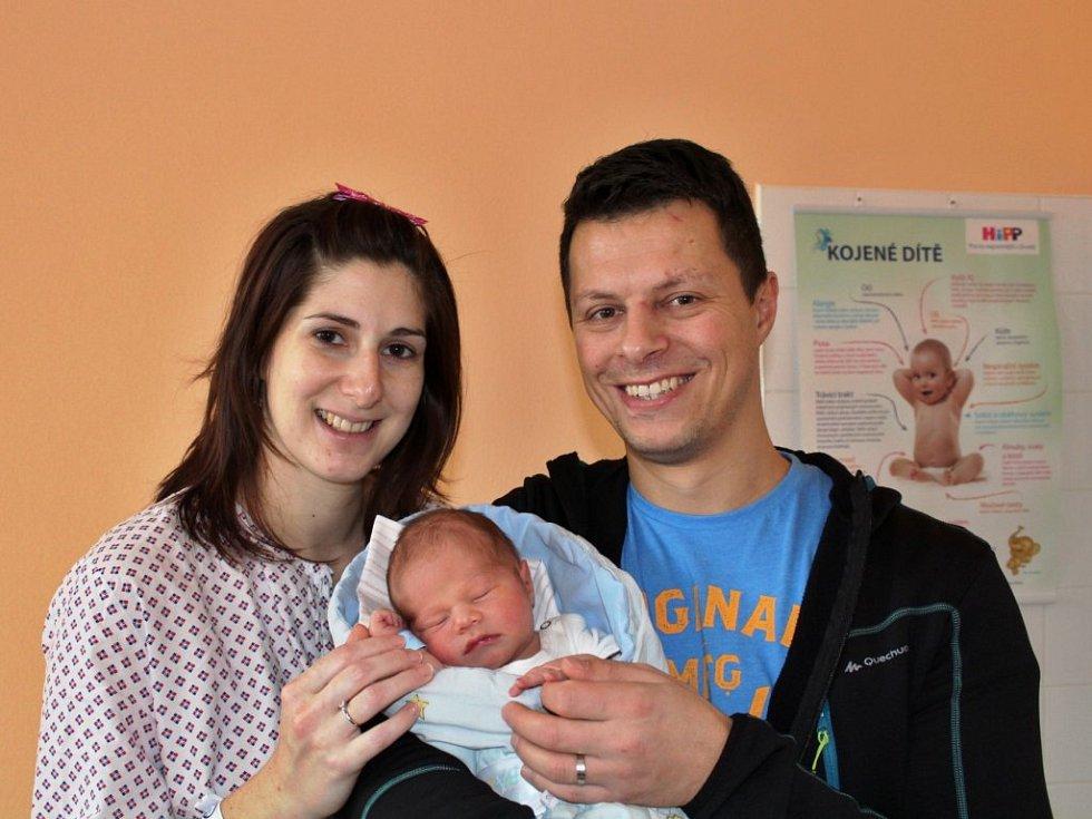 Mateas Šefl se narodil 29. listopadu v 18:11 mamince Janě a tatínkovi Michalovi z Tymákova. Po příchodu na svět v rokycanské porodnici vážil jejich prvorozený syn 3500 gramů a měřil 50 cm.