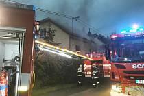 Požár rodinného domu na Bílé Hoře v Plzni