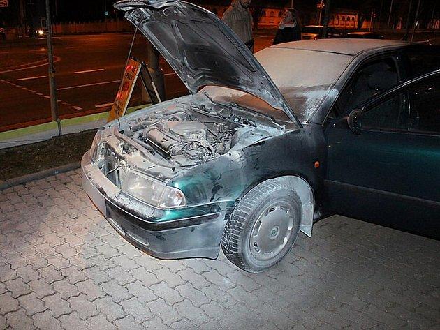 Na čerpací stanici na Rokycanské třídě v Plzni explodovalo auto