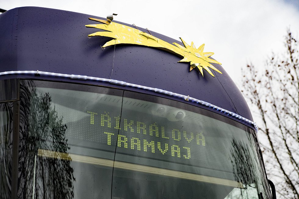 Tříkrálová tramvaj v Plzni.