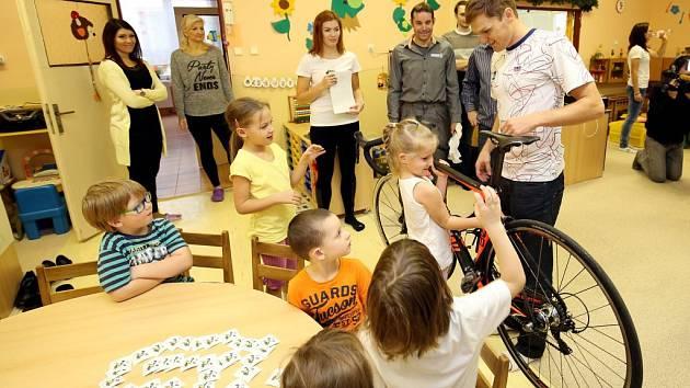 Nadace sportující mládeže ve spolupráci se ZČU v Plzni připravila pro děti testy z pohybových dovedností