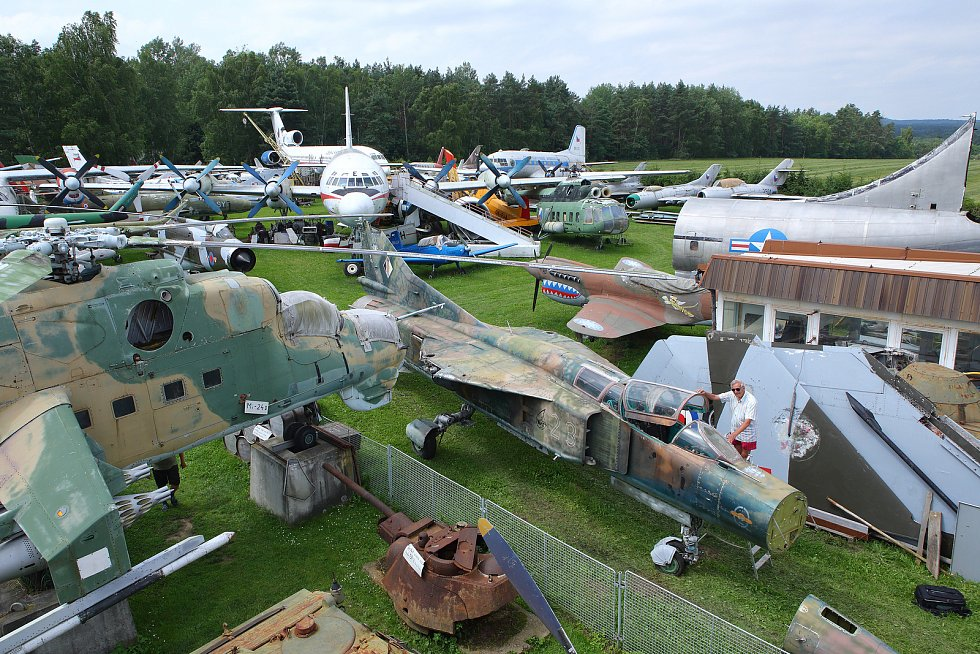 V muzeu Air Park Zruč se jedná o 114. exponát. Po osazení křídly a směrovými kormidly dostane stroj nový nátěr.