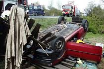 Nehoda dvou osobních aut v Rybnici na severním Plzeňsku