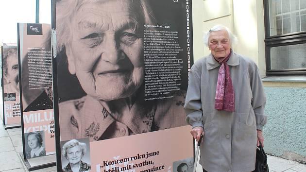 Výstava Století žen v Riegrově ulici.