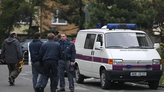 Vůz, ve kterém byl Pavel Tauchen převážen