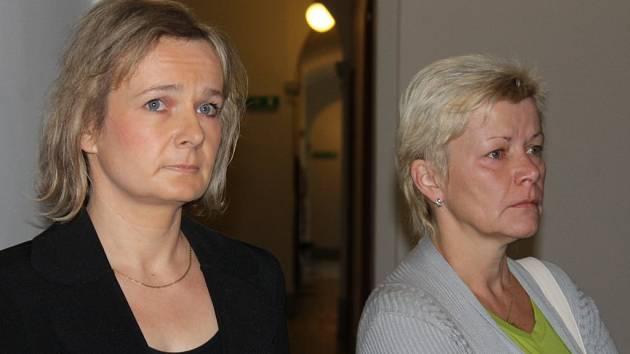 Jednatelky Jana Mikulová a Iveta Kadlecová (Škardová)