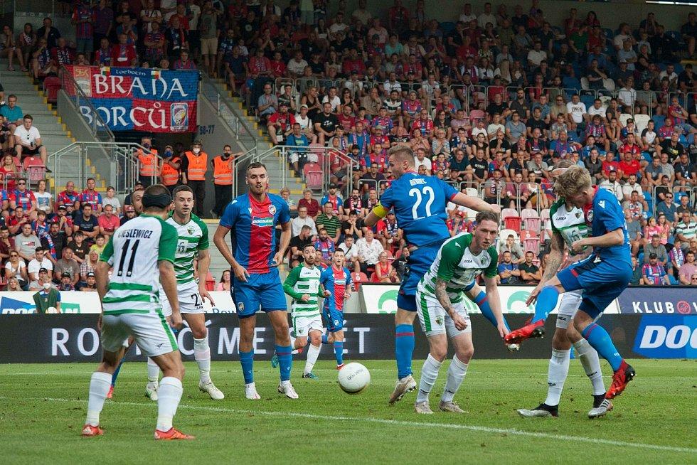 Zkušenost s novým pravidlem má i Plzeň. Její zápas 3. předkola Evropské konferenční ligy rozhodly až penalty