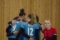 Často se takto radovaly plzeňské juniorky v prvním utkání s pražským Olympem, ve které své soupeřky zdolaly po vyčerpávajícím boji těsně 3:2.