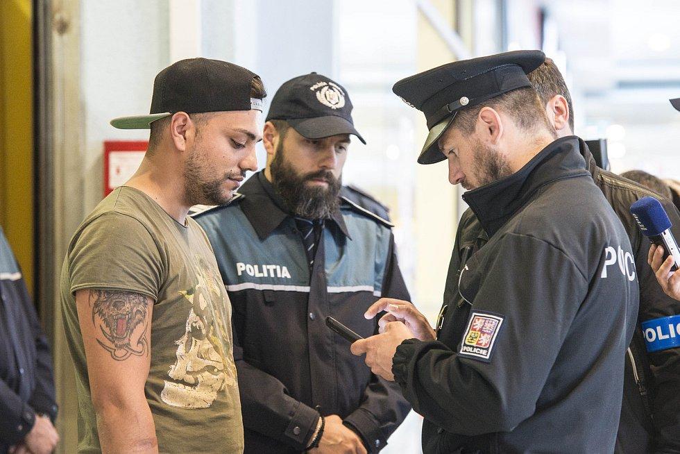 Mezinárodní policejní hlídky vyjdou v Plzni do ulic